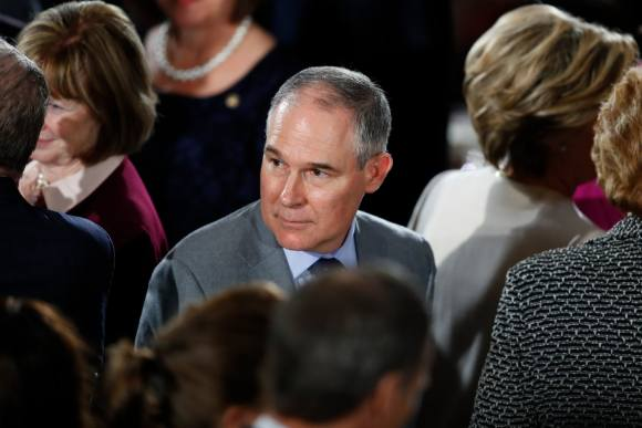 Thousands of emails detail EPA head's close ties to fossil fuel industry