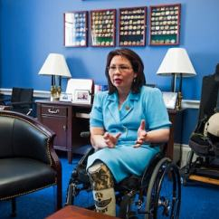 Quadriplegic Wheelchair Black Chair Covers Canada In Illinois, A Landmark Senate Race Between Two Physically Disabled Candidates - The Washington Post