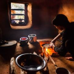 Kitchen Cook Stoves Hardware For Cabinets These Cheap Clean Were Supposed To Save Millions Of Lives A Woman Makes Roti Flat Bread In The Her Home Kaskikot Nepal John B Healey Washington Post