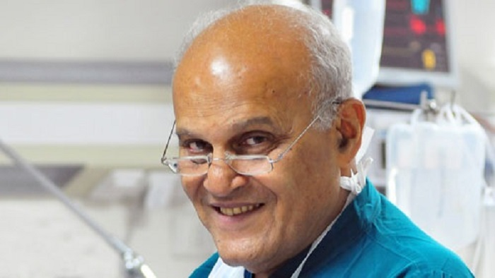 تكريم دكتور مجدي يعقوب وعدد كبير من الرموز الهامة بمؤتمر
