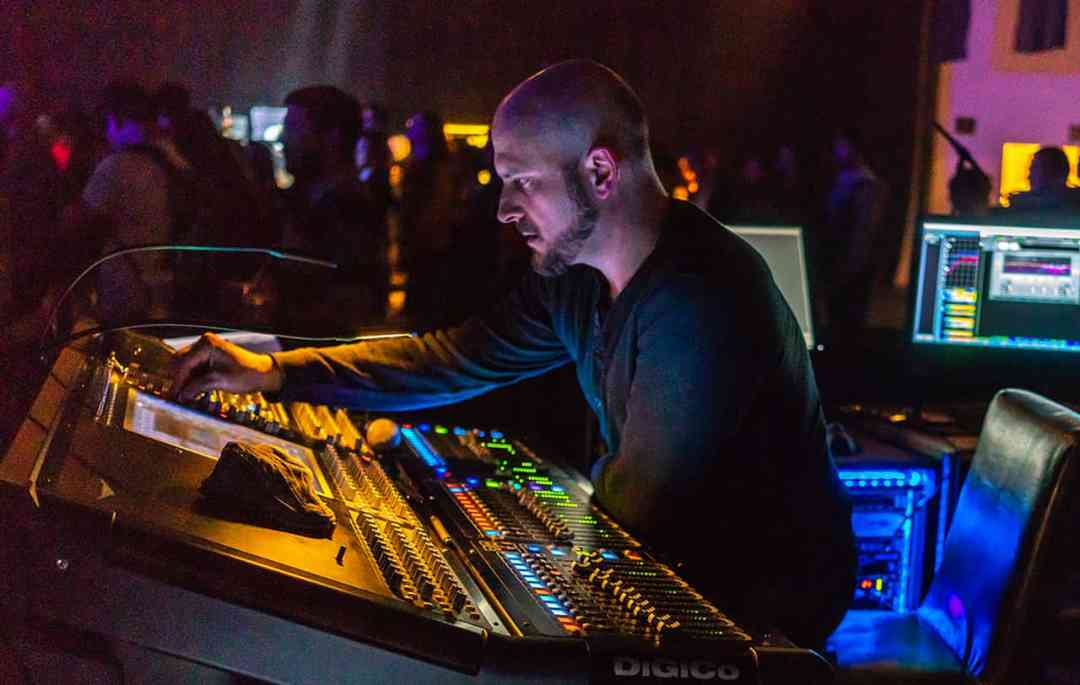 """FOH engineer Mike Fanuele: """"C6 is on every vocal I mix."""""""