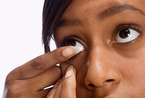 Tips for Contact Lens Wearers at Every Age in Pictures