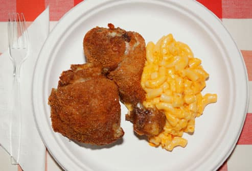 Fried Chicken with Mac-N-Cheese
