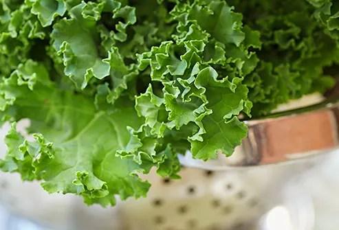 colander with kale