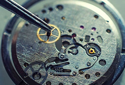fixing cog in watch