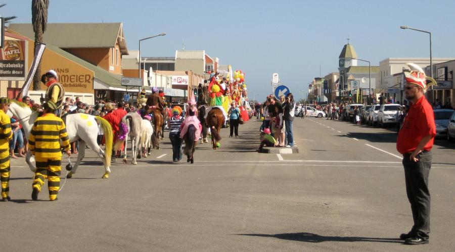 Im Vergleich zu seinen rheinischen Vorbildern ist der Karneval in Swakopmund recht übersichtlich