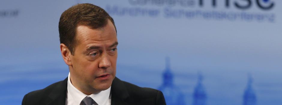 Russlands Ministerpräsident Medwedew sieht einen neuen Kalten Krieg - mit der EU