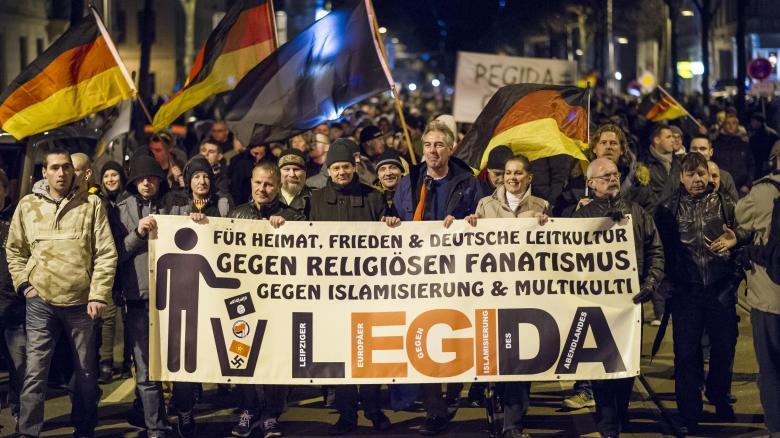 Legida-Marsch durch Leipzig: An der ersten Veranstaltung der Bewegung am 12. Januar nahmen knapp 5000 Personen teil. Nun haben die Organisatoren 60.000 angemeldet