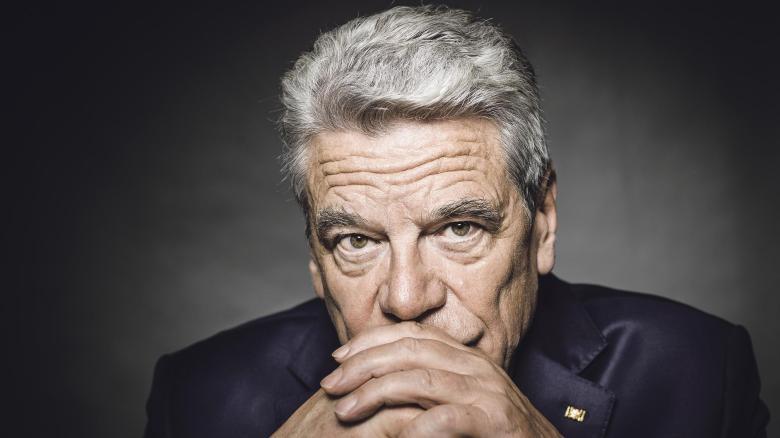 Bundespräsident Joachim Gauck wirkt durch die Kraft des Wortes
