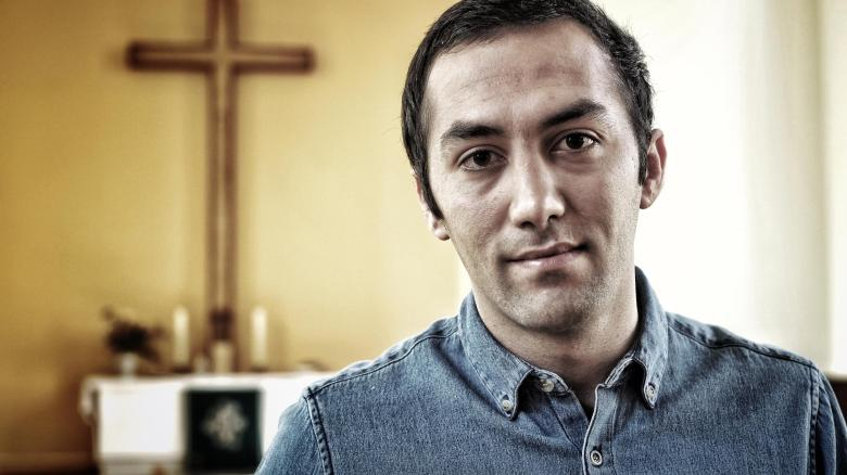 """""""I can not conceal my religion. So I had to leave home. """"Ali Reza Rahmani, an Iranian Christian who feels only now in the sanctuary safe"""