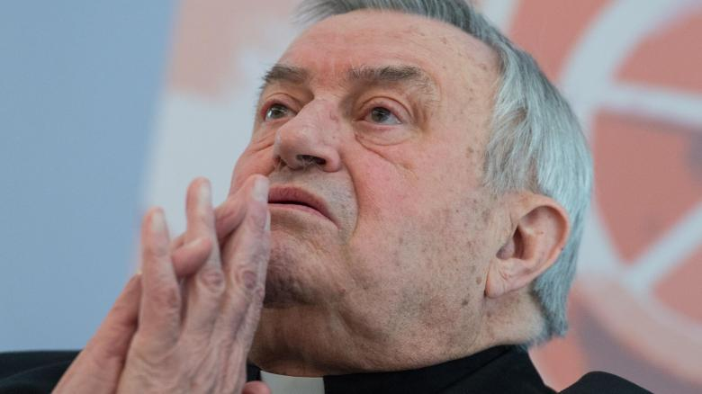 Karl Lehmann wurde 2001 vom damaligen Papst Johannes Paul II. zum Kardinal erhoben