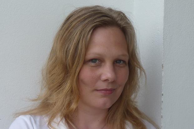 Geboren wurde Sophie Dannenberg als Annegret Kunkel – das war 1971, in Gießen. Heute lebt die Schriftstellerin in Berlin