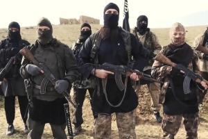 IS-terroristas en el Rakka sirio