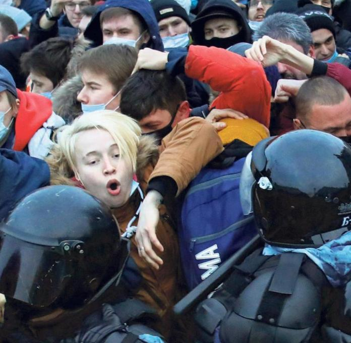 Over 3,000 demonstrators were arrested across Russia last weekend.  Here is a scene from St. Petersburg