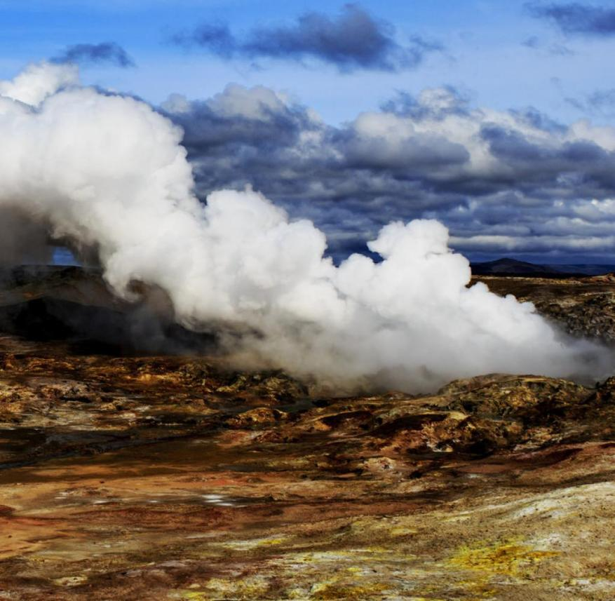 Iceland: Visitors can marvel at the bubbling mud springs of the Gunnuhver volcano from jetties