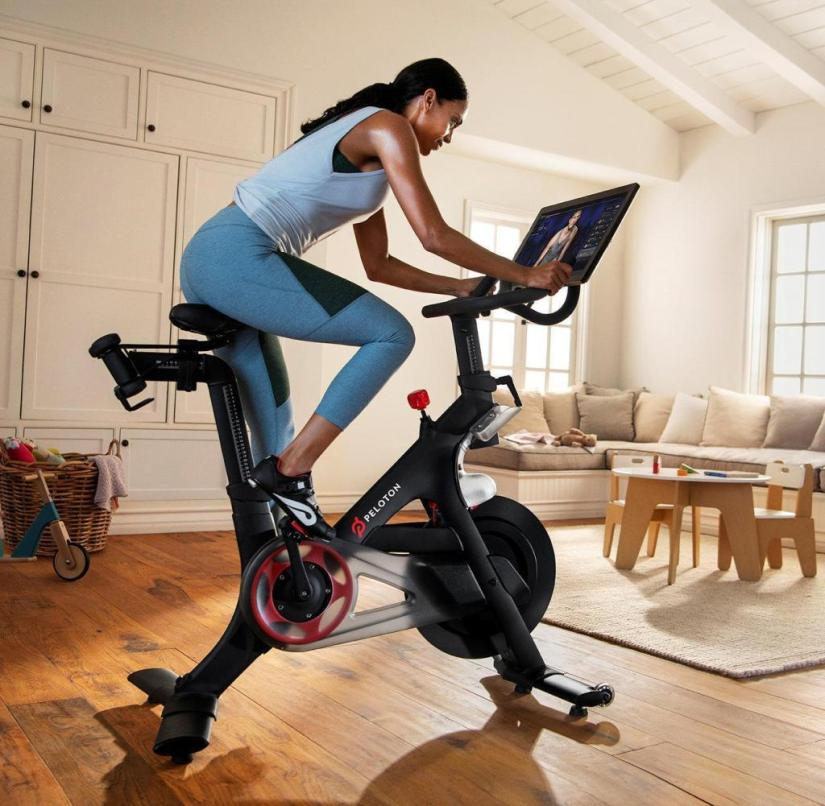This is how Peloton works: the screen creates a sense of togetherness