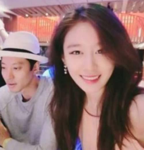 李東健樸智妍為什么分手 相差13歲因工作感情疏遠 - 問劇