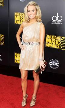 November 2009 Carrie Underwood' Glam Evolution Weekly
