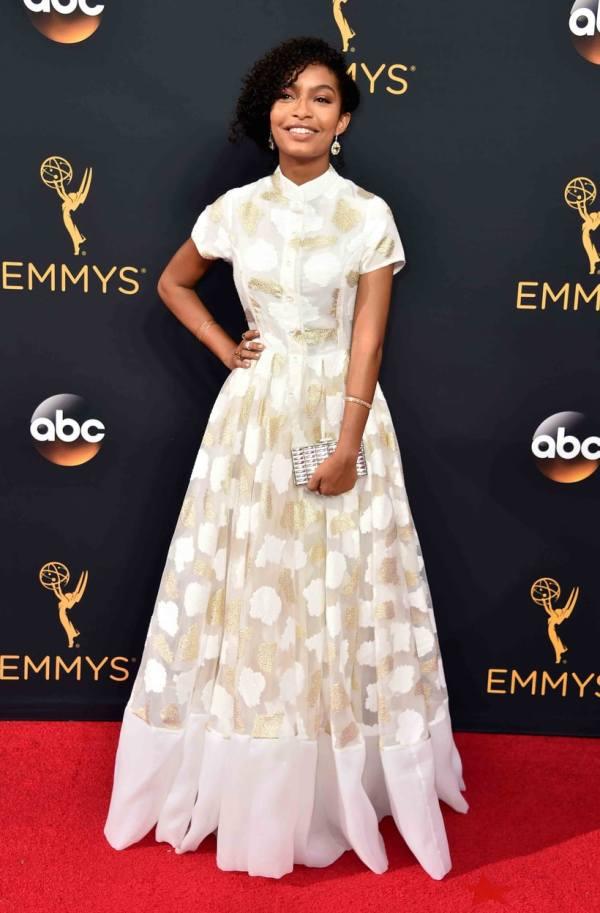 Yara Shahidi Emmys 2016 Red Carpet Fashion Stars Wore Weekly