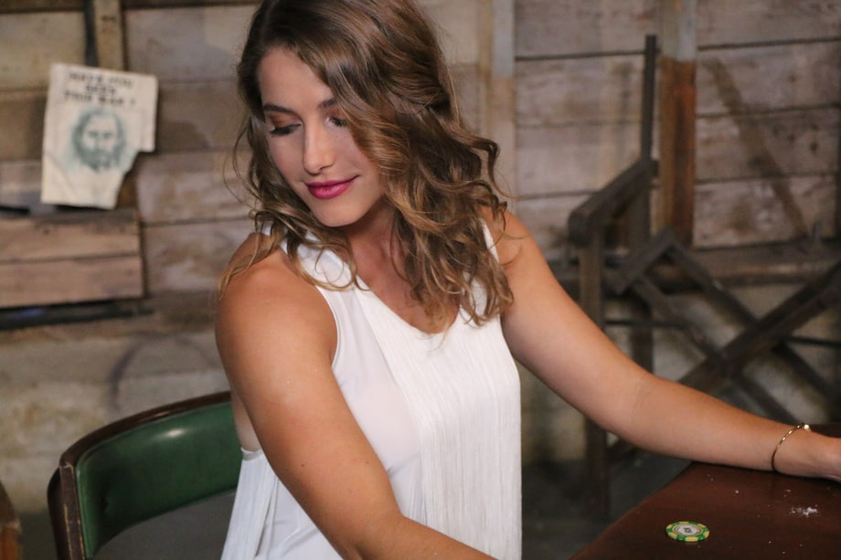 Caroline Jones 10 New Country Artists You Need To Know