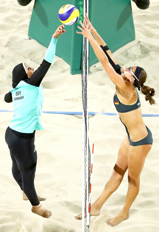 Bola Voli Pantai : pantai, Jilbab, Pertandingan, Pantai?, KASKUS
