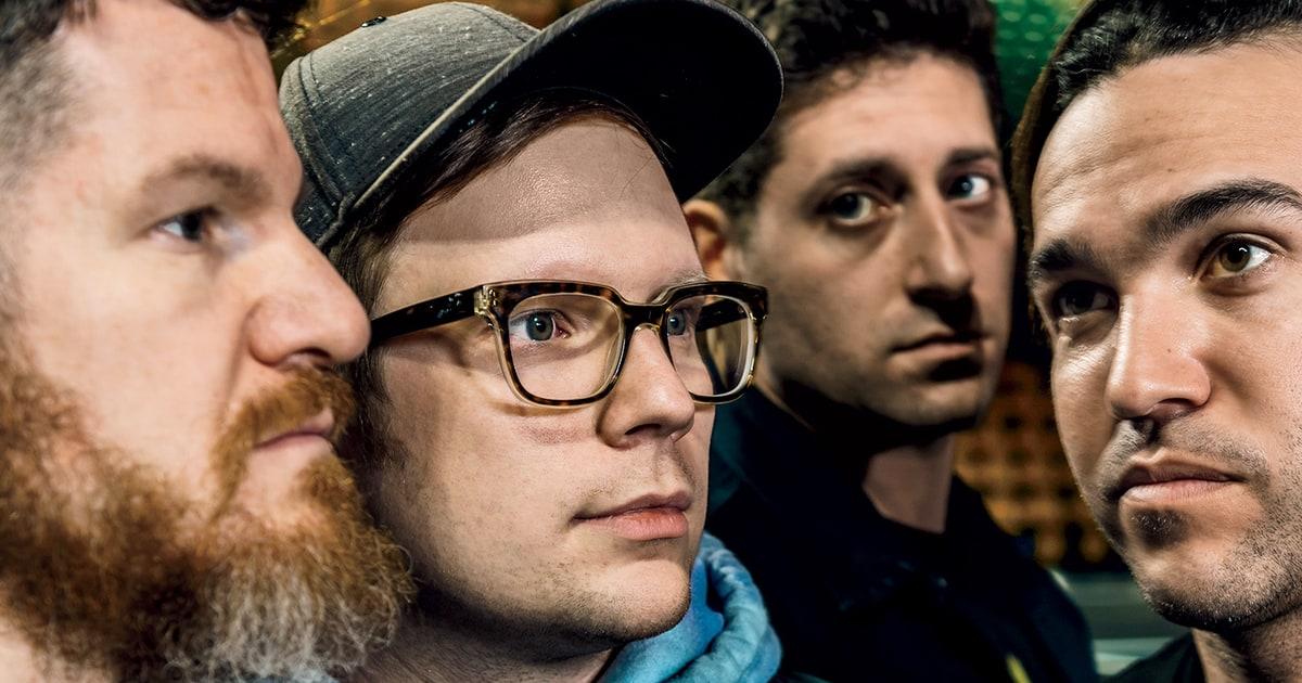 Fall Out Boy Mania Wallpaper Fall Out Boy Patrick Stump Pete Wentz On Recording