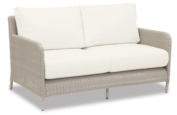 Manhattan Loveseat with Cushions