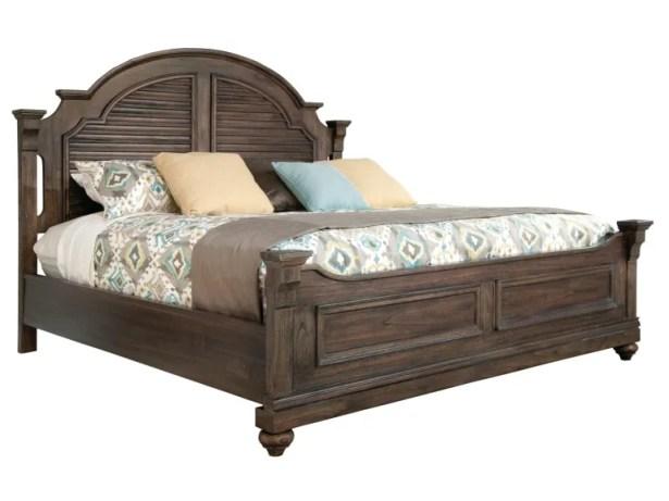 Elmo Louvered Platform Bed Size: California King