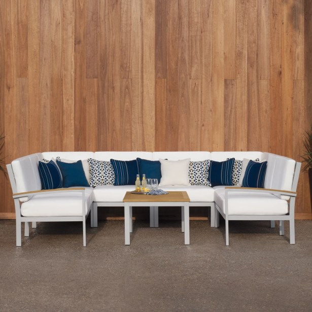 Farmington  Piece Sectional Set with Cushions Color: Natural Tekwood, Fabric: Eggshell White