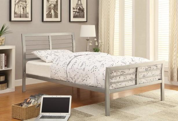 Platform Bed Size: Twin