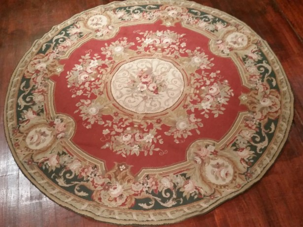 Aubusson Hand-Woven Burgundy Area Rug Rug Size: Round 5'