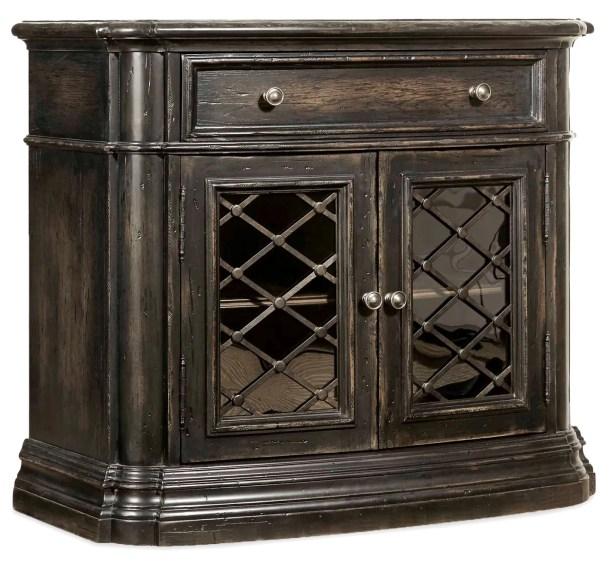 Auberose 2 Door 1 Drawer Nightstand