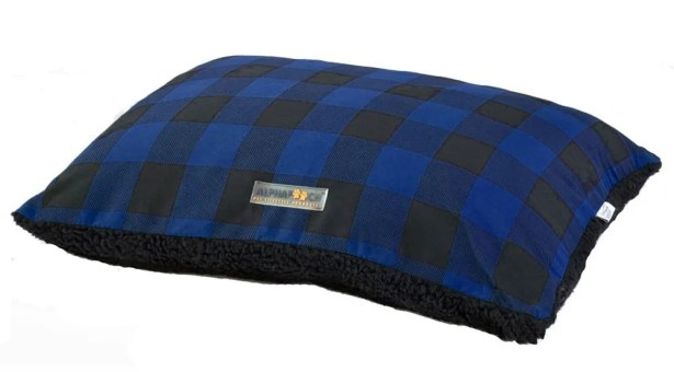 Softie Dog Pillow Bed Color: Blue/Black, Size: 36
