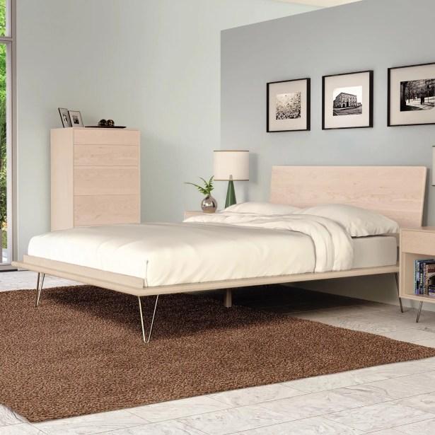Canvas Platform Bed Size: King, Leg Material: Wood, Color: Natural Walnut