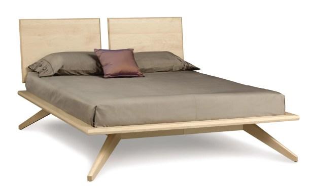 Astrid Platform Bed Size: Queen, Color: Cognac Cherry