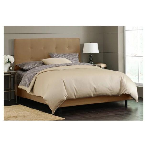 Parnell Tufted Upholstered Platform Bed Size: Queen, Color: Saddle