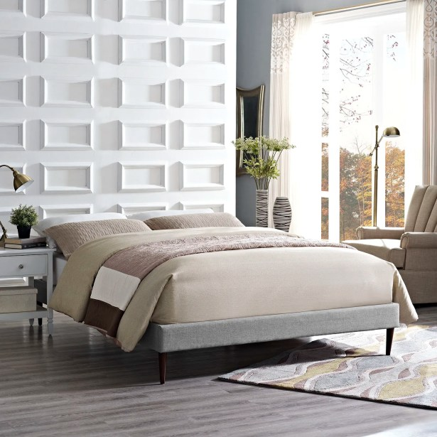 Sherry Platform Bed Color: Light Gray, Size: Queen