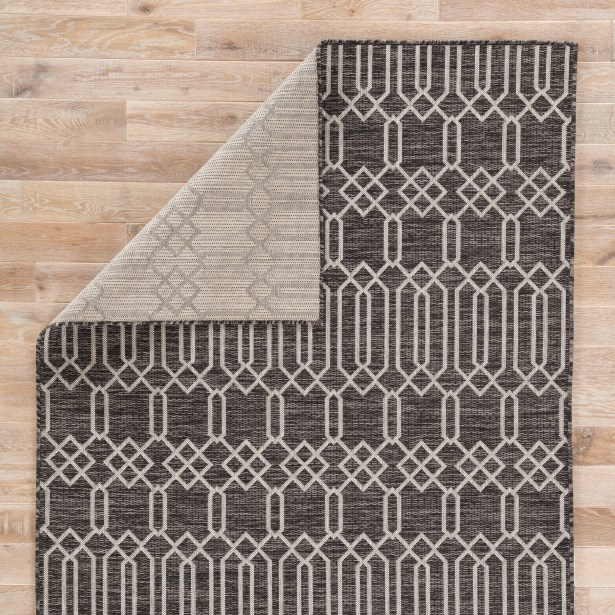 Wall Street Pewter Indoor/Outdoor Area Rug Rug Size: Rectangle 7'1