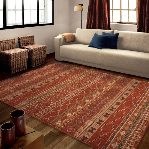 Fergus Red Area Rug Rug Size: 7'10