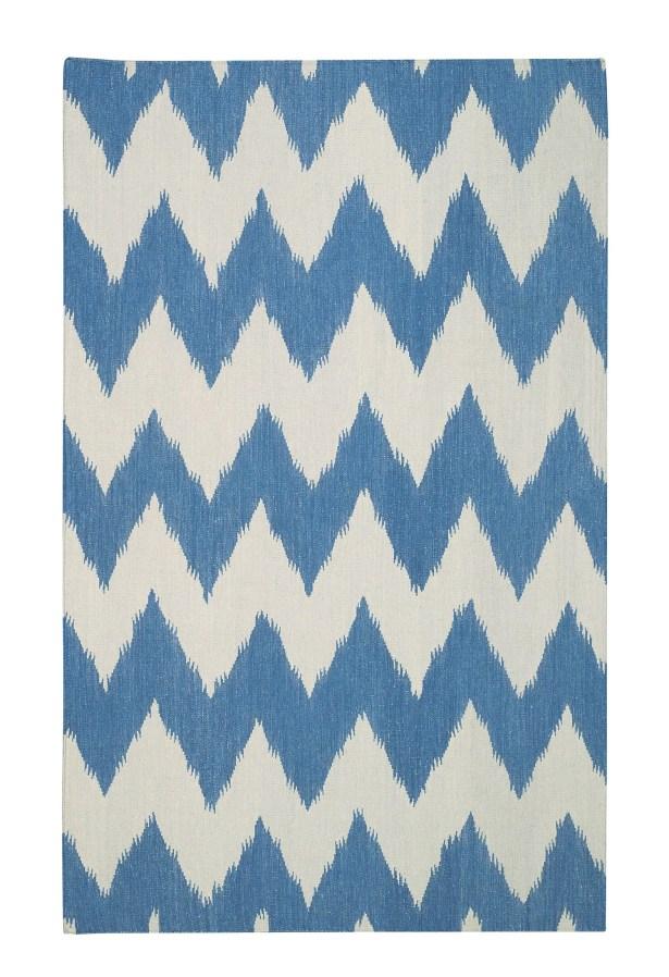 Insignia Grecian Blue/Cream Area Rug Rug Size: Rectangle 7' x 9'