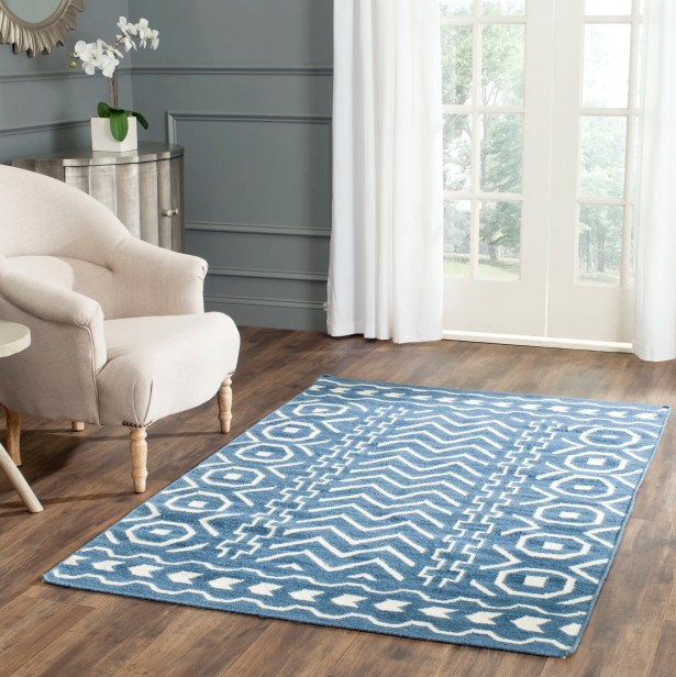 Dhurries Hand Woven Cotton Dark Blue/Ivory Area Rug Rug Size: Rectangle 4' x 6'