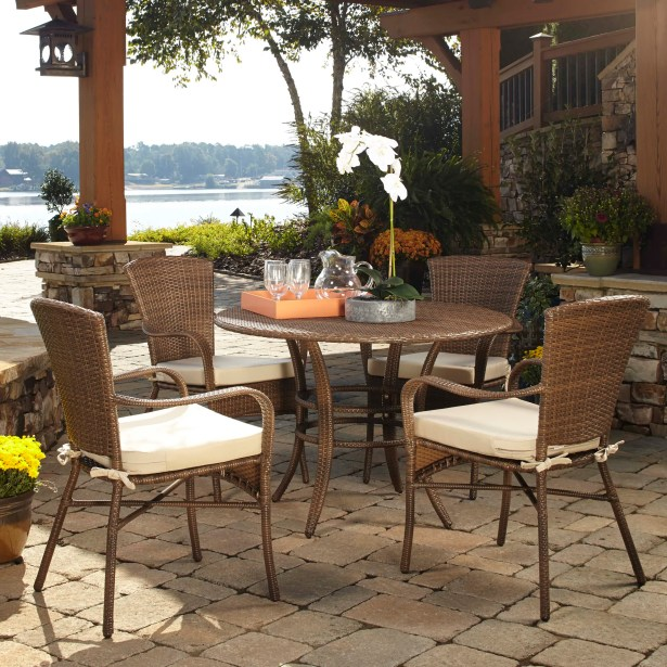 Key Biscayne 5 Piece Dining Set with Cushions Color: Blox Slate
