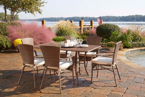 Key Biscayne 7 Piece Dining Set with Cushions Color: Decades Sand