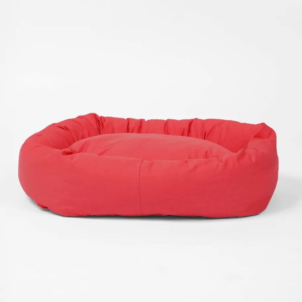 Norridge Snuggle Dog Bed Size: Small, Color: Cherry Red
