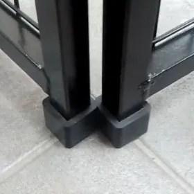 Single Yard Kennel Rubber Foot