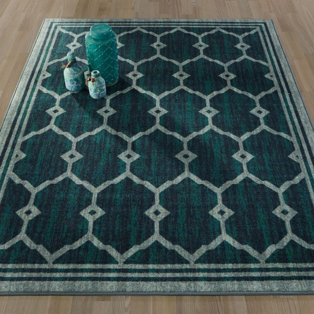 Authentic Green Area Rug Rug Size: 8'2