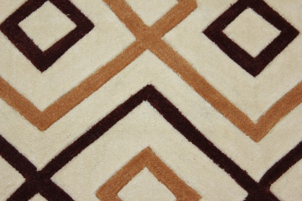 Transition Hand-Tufted Beige Area Rug