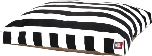 Vertical Stripe Pillow Dog Bed Size: Medium (44