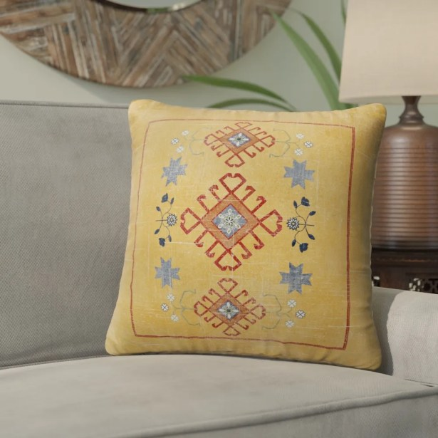 Phoebe Distressed Indoor/Outdoor Throw Pillow Size: 26
