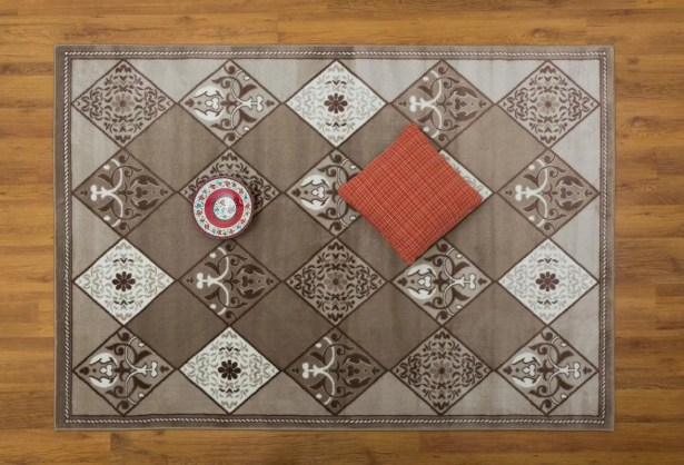 Jarnigan Geometric Beige Area Rug Rug Size: Rectangle 5'3